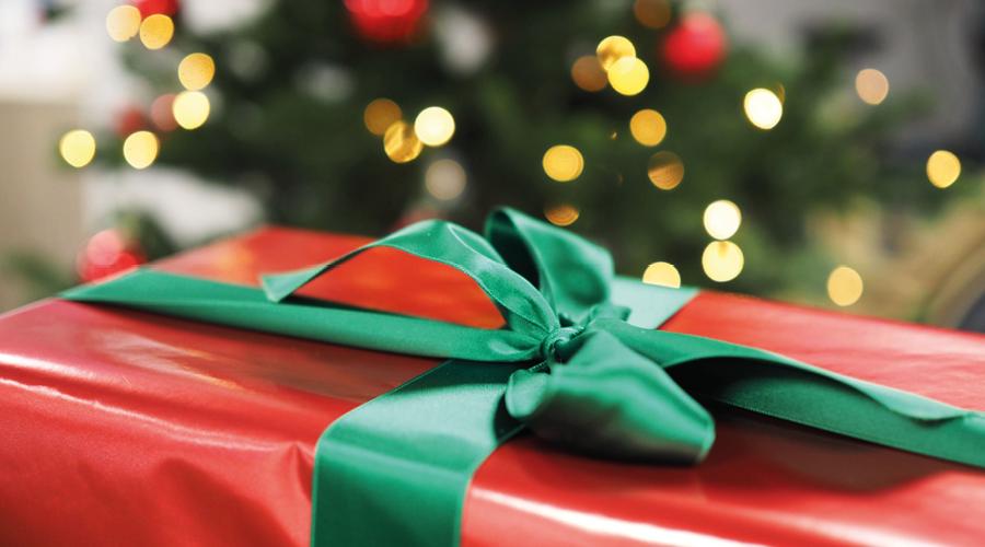 Digitala julhälsningar från oss på Scanfill och Polykemi Group!